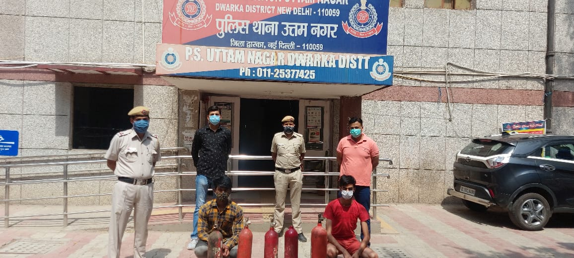 मामला उत्तम नगर थाना इलाके का है। पुलिस ने दोनों आरोपियों को गिरफ्तार कर लिया है। - Dainik Bhaskar