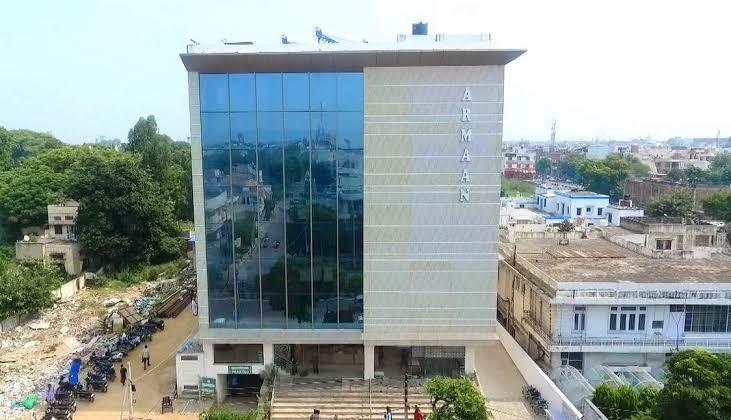जालंधर के अरमान अस्पताल में HR हेड ने की स्टाफ नर्स से छेड़छाड़, पुलिस ने केस दर्ज किया तो हुआ फरार|जालंधर,Jalandhar - Dainik Bhaskar