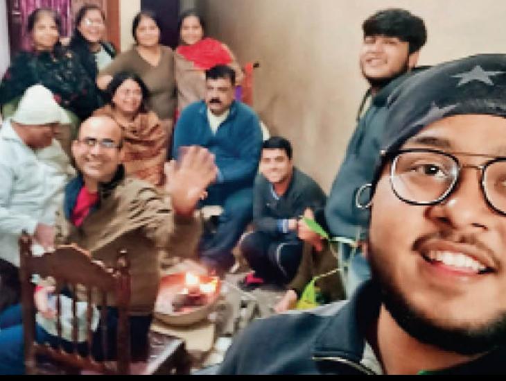 परिवार में 6 लोगों को हुआ कोरोना, रोज शाम 1 घंटे ठहाके लगा जीत गए जंग|रोहतक,Rohtak - Dainik Bhaskar