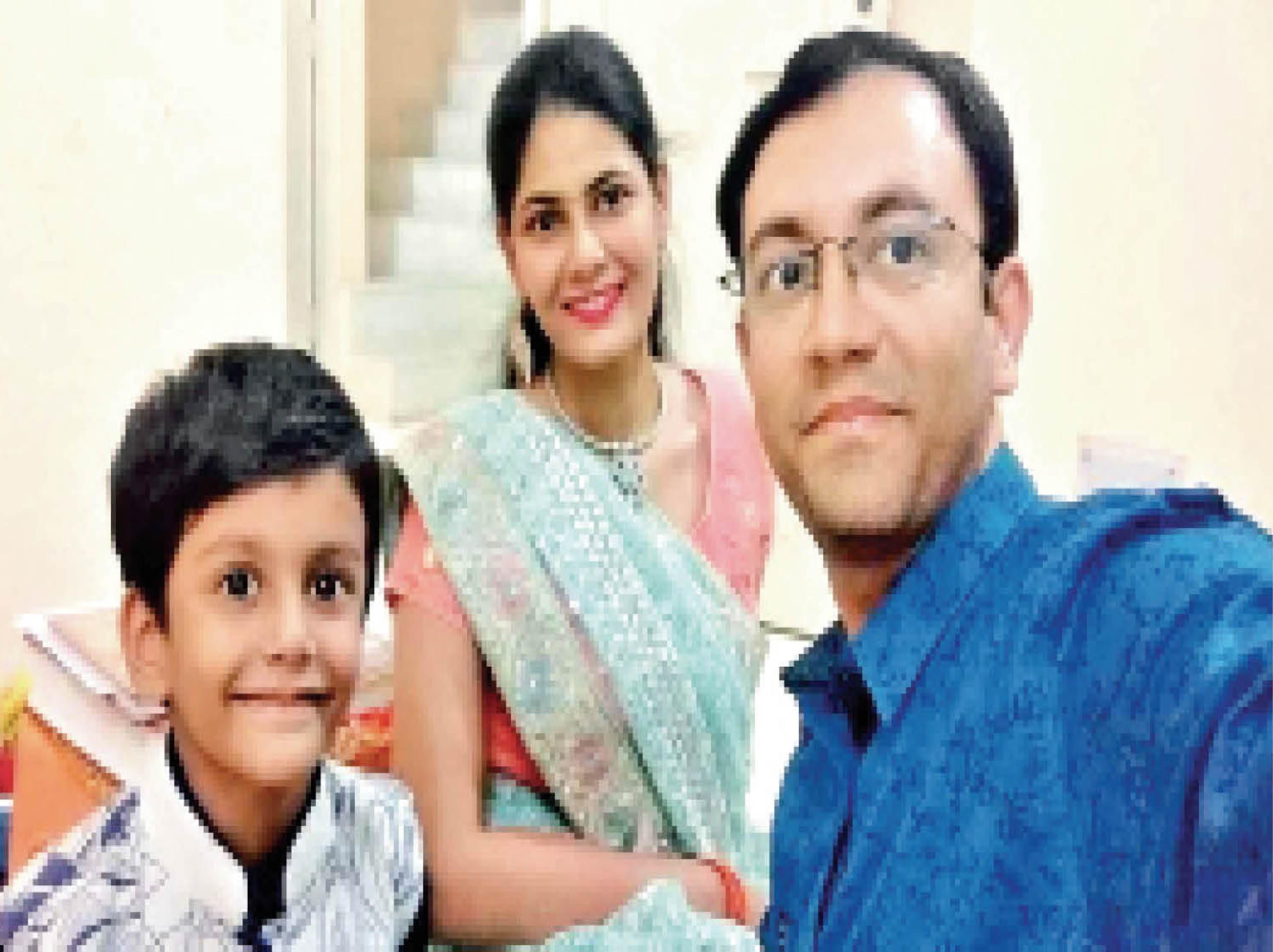 शादी की सालगिरह के दिन ही 36 साल का बैंक मैनेजर कोरोना से हारा; 21 अप्रैल को मां की मौत, 25 को पिता गए; बहन वेंटिलेटर पर|भोपाल,Bhopal - Dainik Bhaskar