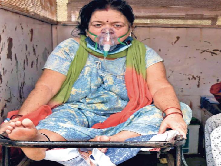 ऑक्सीजन तो मिला, पर बेड नहीं - Dainik Bhaskar