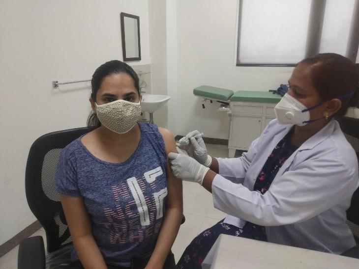 कोटा में 18 से 44 वर्ष आयु वर्ग वालों में दिखा उत्साह, टीकाकरण साइट पर लगी कतारें,अब तक 10,542 लोग करवा चुके रजिस्ट्रेशन|कोटा,Kota - Dainik Bhaskar