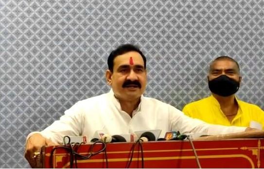 गृहमंत्री नरोत्तम मिश्रा ने अपनों पर साधा निशाना; बोले- अपने जयचंदों के कारण दमोह में हम हारे, कांग्रेस तो देश में साफ हो गई मध्य प्रदेश,Madhya Pradesh - Dainik Bhaskar