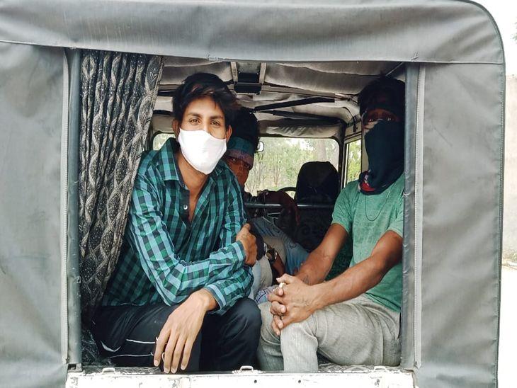 बेवजह घूमने वाले 230 को पकड़ा, भेजा क्वारेंटाइन सेन्टर; जगह जगह बेरीगेटिंग लगाकर की पूछताछ, 132 वाहन जब्त कर जुर्माना भी वसूला|अजमेर,Ajmer - Dainik Bhaskar