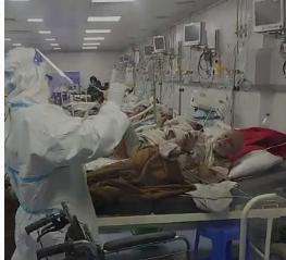 भिंड के कोविड वार्ड में मेल नर्स ने डांस कर संक्रमितों के चेहरे पर बिखेरी मुस्कान, ताली बजाते रहे मरीज|भिंड,Bhind - Dainik Bhaskar