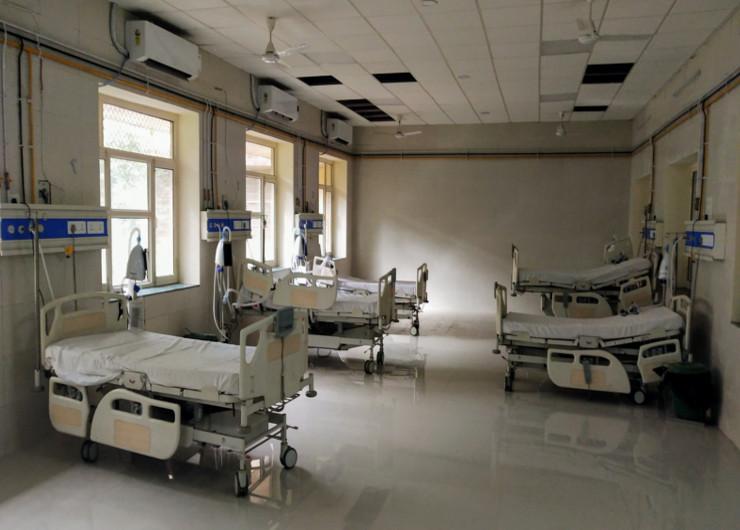 9 महीनों से बंद डिब्बों में दम तोड़ रहे हैं 20 नए वेंटिलेटर, कोरोना मरीजों को भी राहत नहीं, आखिर कब मिलेगी ऑक्सीजन|जयपुर,Jaipur - Dainik Bhaskar