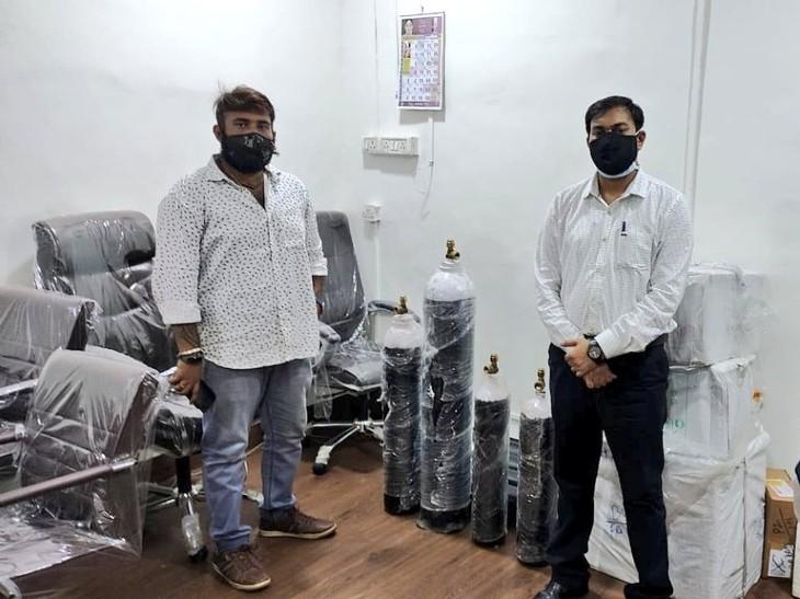 क्राउडफंडिंग के जरिए 30 साल के चीनू ने जमा किए 30 लाख रुपए, अब तक 3,100 कोरोना मरीजों को ऑक्सीजन पहुंचा बचाई उनकी जान महाराष्ट्र,Maharashtra - Dainik Bhaskar