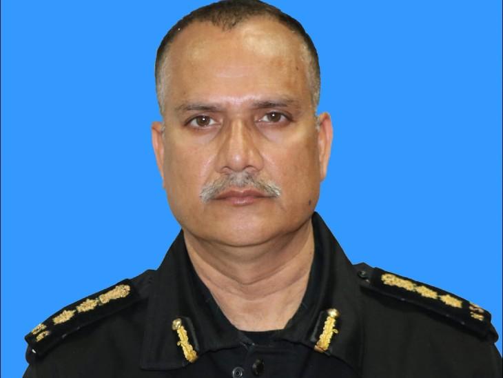 नेशनल सिक्योरिटी गार्ड के ग्रुप कमांडर ने संक्रमण से दम तोड़ा, हालत बिगड़ने के बाद ICU बेड नहीं मिल पाया|देश,National - Dainik Bhaskar