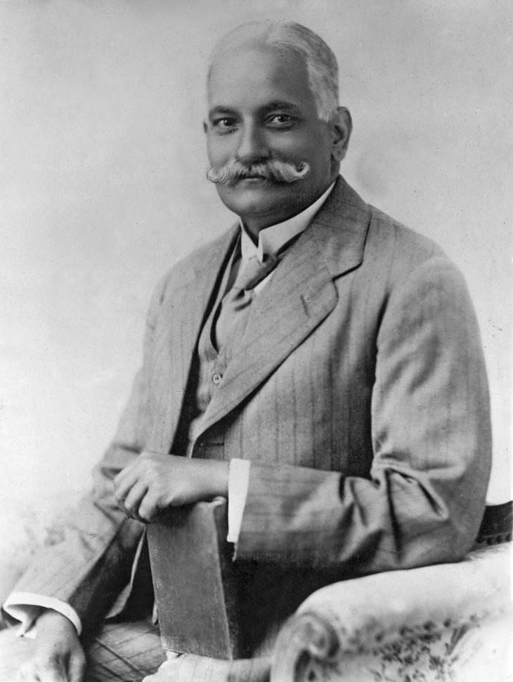 स्वतंत्रता संग्राम सेनानी पंडित मोतीलाल नेहरू का जन्म आज ही के दिन 1861 में हुआ था।