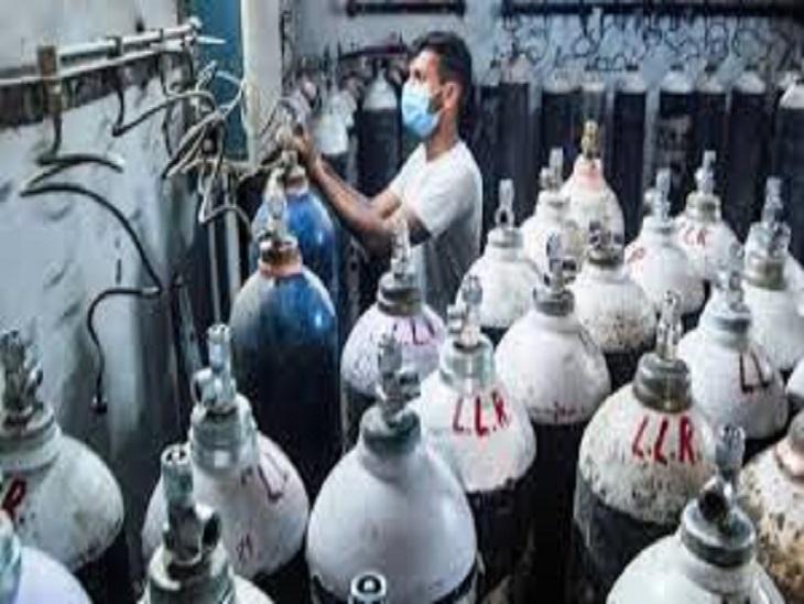 BSP कर्मी ऑक्सीजन आपूर्ति के लिए दिन-रात काम कर रहे रहै।