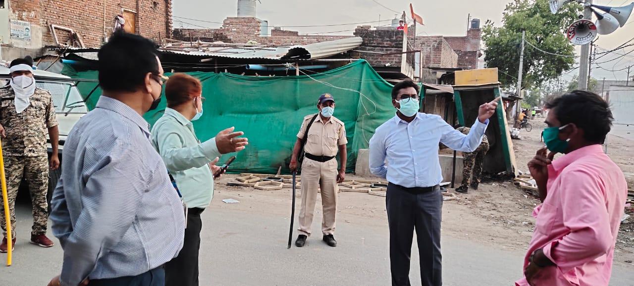 अगर नहीं माने तो खुली जेल में करें बंद, शहर के चप्पे चप्पे पर तैनात पुलिस मुरैना,Morena - Dainik Bhaskar