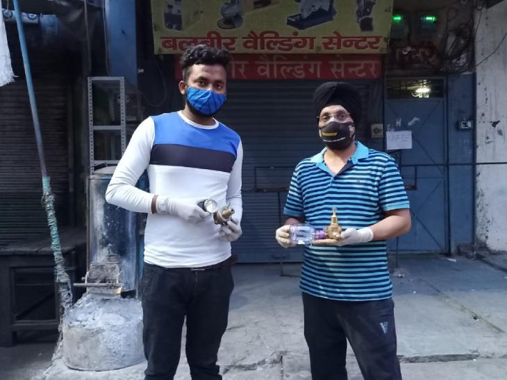 बलजीत सिंह अभी तक दिल्ली, गाजियाबाद और बरेली के सैकड़ों लोगों को ऑक्सीजन फ्लो मीटर मुहैया करा चुके हैं।