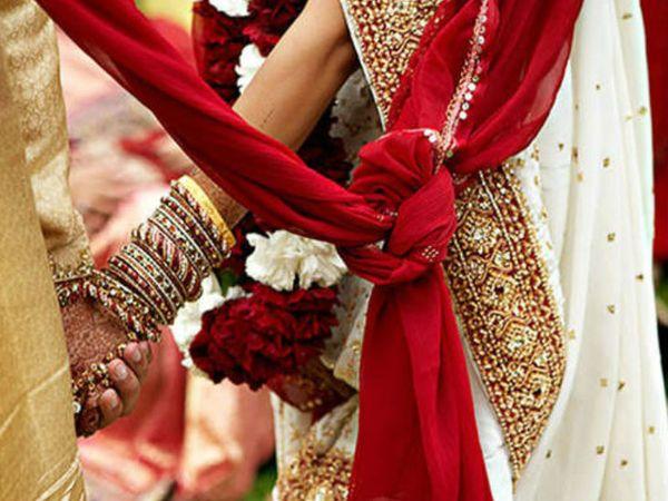 वर-वधू को हल्दी लगी; मंडप की रस्में होना थीं, अचानक शादियां रुकने से परिवार परेशान ग्वालियर,Gwalior - Dainik Bhaskar