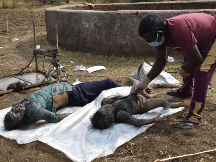 खेत के कुएं से दुर्गंध आने पर ग्रामीणों ने देखा तो महिला की लाश दिखाई दी; पास ही पड़ी बोरी में बच्चे का शव निकला, नहीं हो सकी दोनों की पहचान|जबलपुर,Jabalpur - Dainik Bhaskar