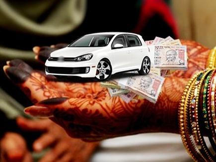 इंग्लैंड में रह रहे मध्यप्रदेश के युवक को फॉर्च्यूनर और 50 लाख की FD न मिली तो जालंधर की पत्नी को किया प्रताड़ित, NRI थाने में FIR|जालंधर,Jalandhar - Dainik Bhaskar