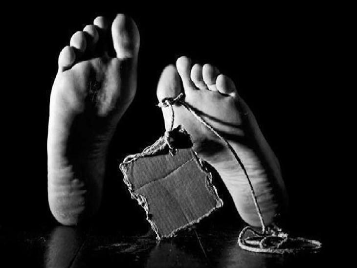 कार की टक्कर से दो साल के बच्चे की मौत, घर के बाहर खेल रहा था मासूम|चंडीगढ़,Chandigarh - Dainik Bhaskar