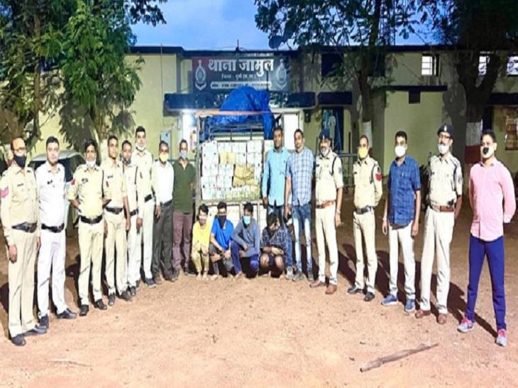 फल और सब्जियों की गाड़ी से हो रही महाराष्ट्र की शराब की तस्करी, 102 पेटियों के साथ 4 गिरफ्तार|भिलाई,Bhilai - Dainik Bhaskar