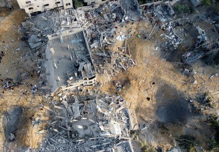 इजराइली हमले में गाजा में भारी नुकसान हुआ है। गाजा के एक इलाके की ड्रोन तस्वीरों से इसका अंदाजा लगाया जा सकता है।