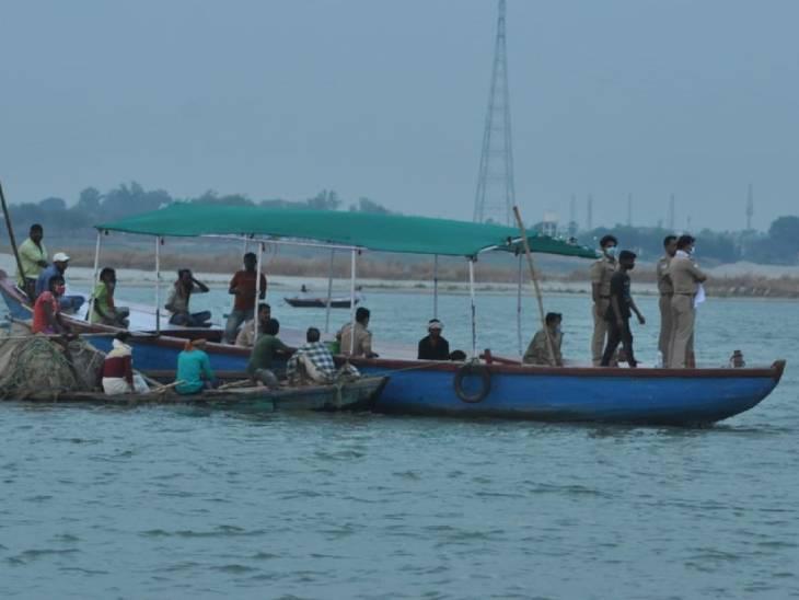 वाराणसी में दो दिन से लापता युवक का शव गंगा में उतराता मिला; तीन दोस्तों को पुलिस ने उठाया|उत्तरप्रदेश,Uttar Pradesh - Dainik Bhaskar