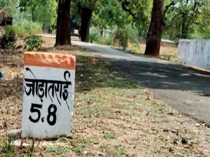 इस गांव में भी संक्रमण फैलने का खतरा है इसलिए ग्रामीण अब किसी से नहीं मिल रहे।