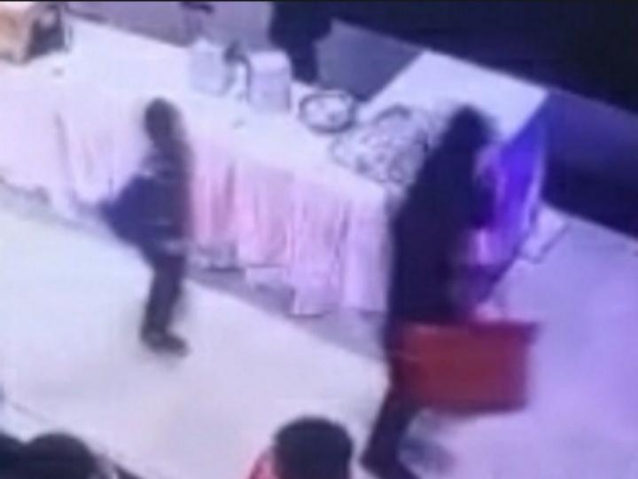 इंदौर में शादी की चोरी के दौरान का सीसीटीवी फुटेज (फाइल फोटो)।
