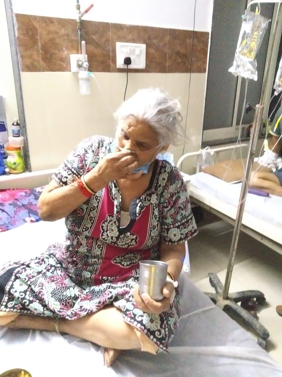 82 वर्ष की दादी लालू बाई - Dainik Bhaskar