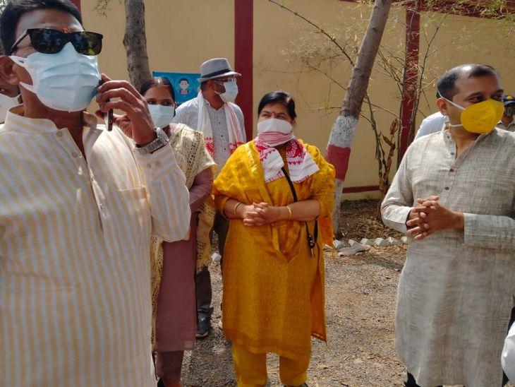मंत्री ठाकुर ने कहा - कोविड केयर सेंटर आपको ठीक करने का केंद्र, सही समय में आने पर 5 दिन में ठीक हो सकते हैं|इंदौर,Indore - Dainik Bhaskar