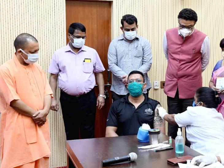 मुख्यमंत्री ने लखनऊ के दो वैक्सीनेशन कैंप का किया निरीक्षण; बोले- प्रयास करिए टीके की एक बूंद भी बर्बाद न हो उत्तरप्रदेश,Uttar Pradesh - Dainik Bhaskar