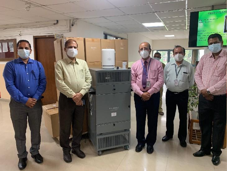 मोलेकुले USA की ओर से SAIF, PU ने PGI को डोनेट किए एयर प्यूरीफायर; हवा में मौजूद वायरस, बैक्टीरिया, मोल्ड और कैमिकल्सको 99.99 परसेंट तक करता है नष्ट चंडीगढ़,Chandigarh - Dainik Bhaskar