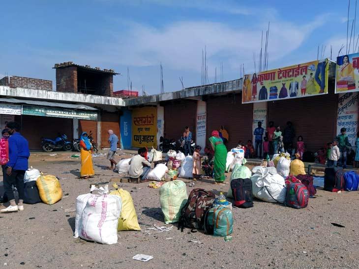 उत्तर प्रदेश के गोरखपुर से लौटे 60 प्रवासी मजदूर, किसी ने नहीं ली उनकी सुध; बिना रोक-टोक चले गए घर|झारखंड,Jharkhand - Dainik Bhaskar