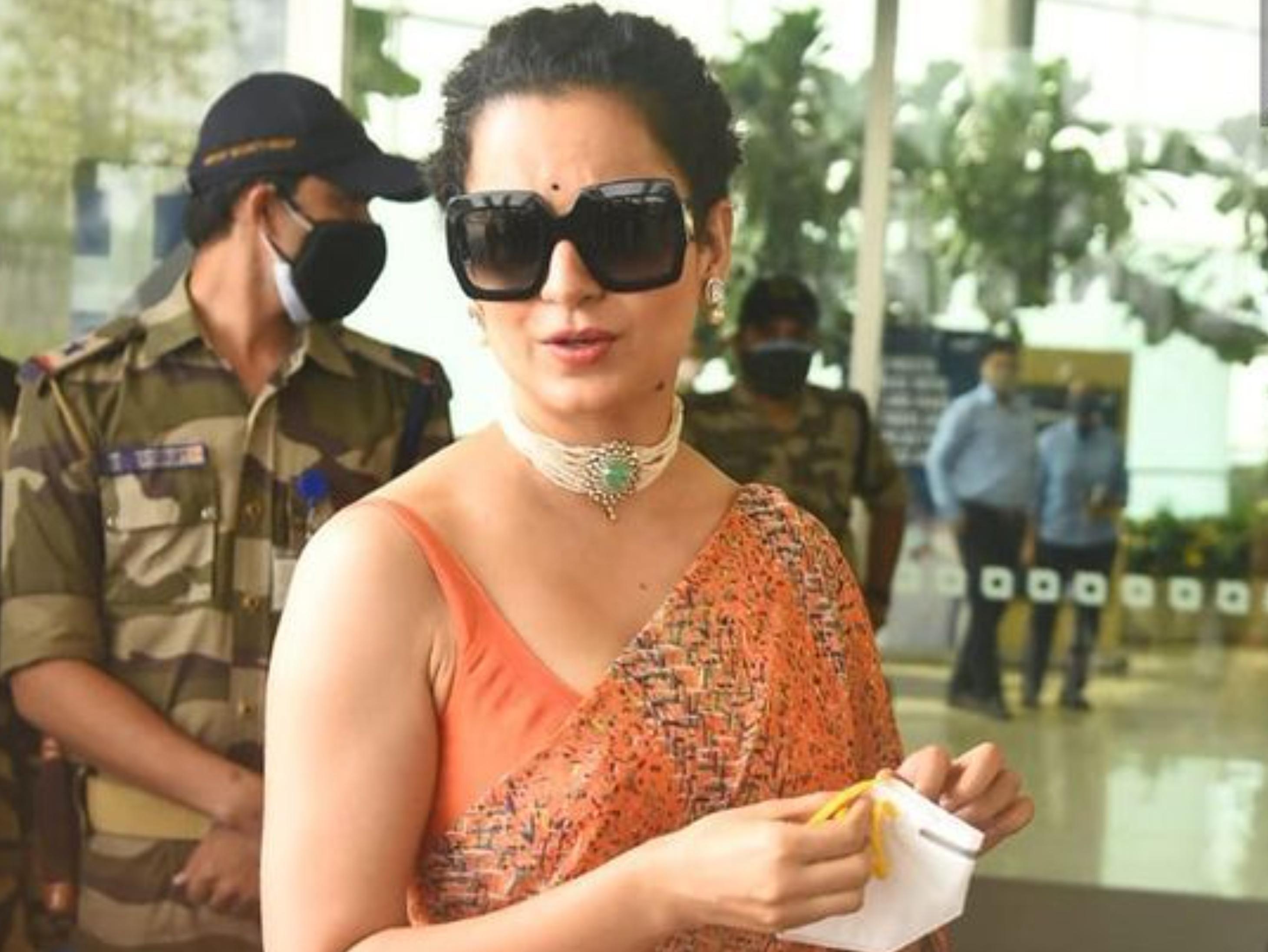कोरोना से रिकवर होकर मनाली पहुंची कंगना रनोट, एयरपोर्ट पर पैपराजी से पूछा- कोरोना किस किस को हो गया|बॉलीवुड,Bollywood - Dainik Bhaskar