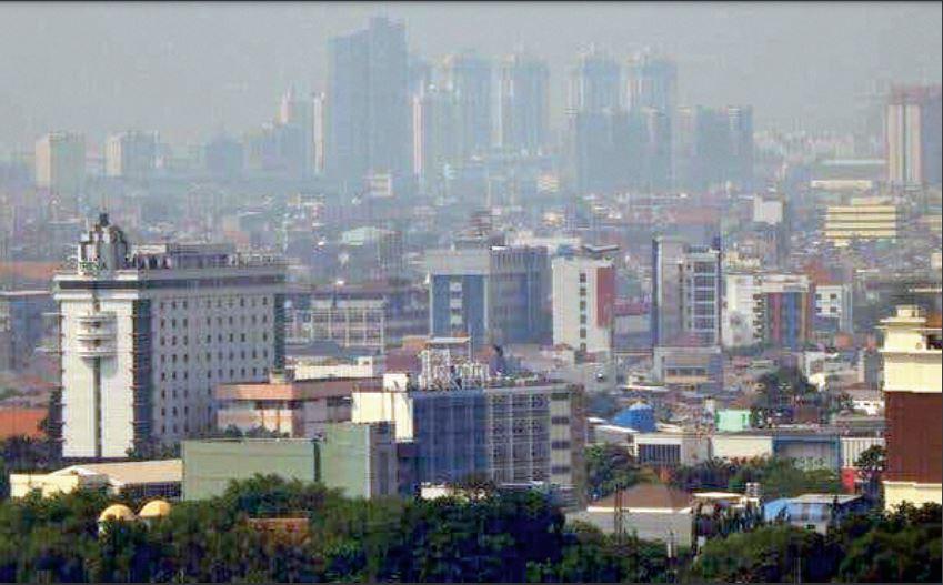 इंडोनेशिया में साफ हवा के लिए शांत विद्रोह, प्रदूषण पर काबू पाने में विफल रहने पर राष्ट्रपति समेत तीन कैबिनेट मंत्रियों पर मुकदमा विदेश,International - Dainik Bhaskar