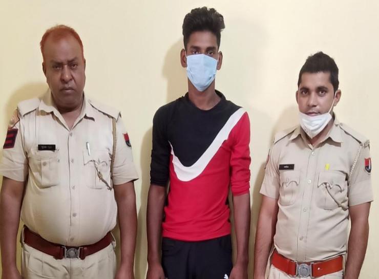 पुलिस से बचने के लिए फिल्मी स्टाइल में चलती कार से भाग निकला था चौथा बदमाश, दो दिन बाद पकड़ा गया जयपुर,Jaipur - Dainik Bhaskar