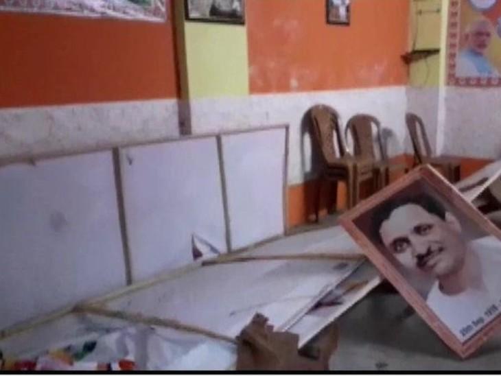 बंगाल में हिंसा की घटनाओं की जांच SIT से कराने की मांग, 146 रिटायर्ड अफसरों और जजों ने राष्ट्रपति को ज्ञापन भेजा देश,National - Dainik Bhaskar