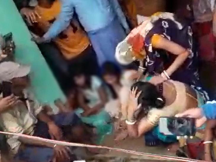 तांत्रिक ने कहा- मृत बच्चे को जिंदा कर दूंगा, 10वीं-12वीं की दो छात्राओं को डायन बताकर कपड़े उतरवाए, पीटा और कहा- इसे जिंदा करो|बिहार,Bihar - Dainik Bhaskar