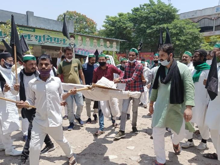 गाजीपुर बॉर्डर पर किसानों का प्रदर्शन, कई संगठन भी समर्थन में उतरे; वेस्ट यूपी में 20 से ज्यादा किसान नेताओं को पुलिस ने नजरबंद किया|उत्तरप्रदेश,Uttar Pradesh - Dainik Bhaskar