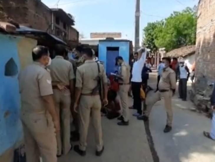 पत्नी ने पागल कहा तो धारदार हथियार से गला काट डाला; बहन को भी किया घायल, फिर खुद भी जहर खाकर मर गया|झांसी,Jhansi - Dainik Bhaskar