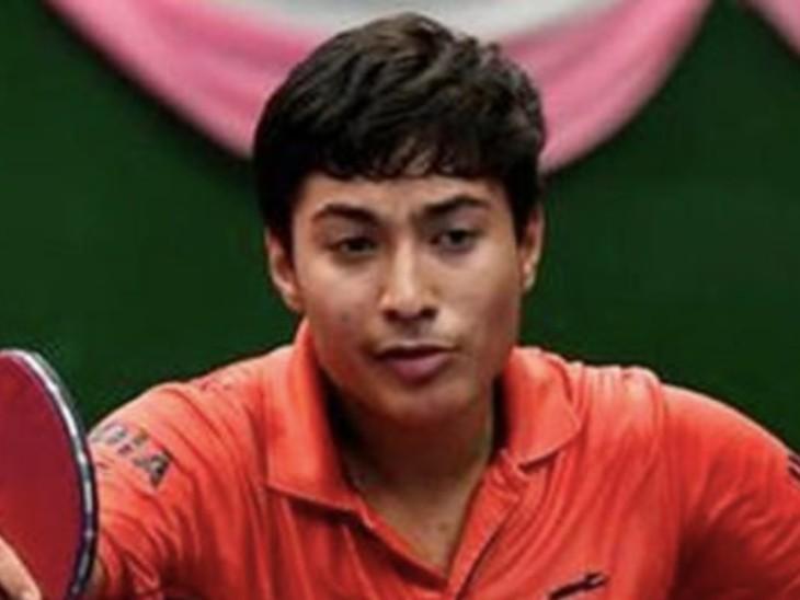 दिल्ली के 16 साल के टेबल टेनिस खिलाड़ी पायस जैन गेम में महारत हासिल करने के लिए 'सेंसरी स्टेशन' टेक्नोलॉजी का प्रयोग कर रहे हैं। - Dainik Bhaskar