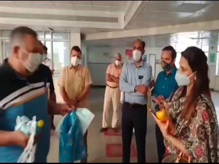 पानीपत पहुंचीं AD हेल्थ ने ब्लैक फंगसऔर कोरोना मरीजों के इलाज का लिया जायजा, बोलीं- दोनों बीमारियोंपर है फोकस|पानीपत,Panipat - Dainik Bhaskar