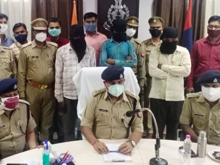 मामा के घर जा रही लड़की को उठा ले गए; गैंगरेप कर चौकी से पांच किमी. दूर हाईवे पर बेहोशी की हालत में फेंका, तीन गिरफ्तार|झांसी,Jhansi - Dainik Bhaskar