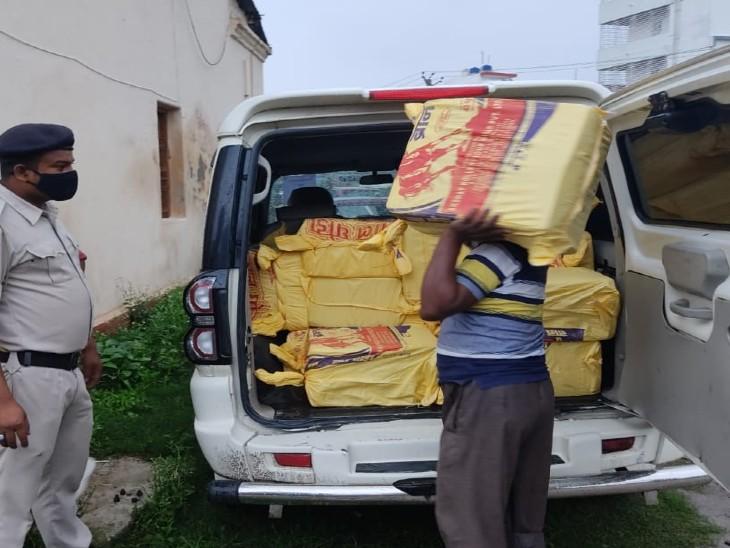 कुरियर कंपनी दवा दुकानों में करती थी सप्लाई, कुरियर के 5 कर्मी हिरासत में|पूर्णिया,Purnia - Dainik Bhaskar
