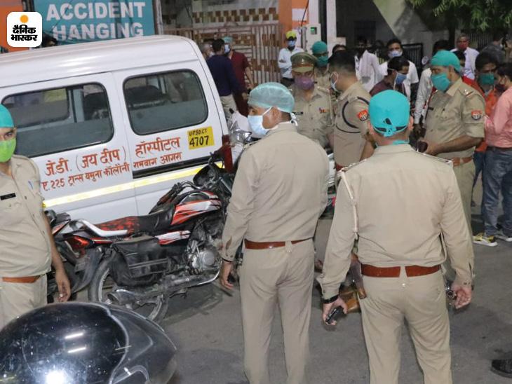 घटनास्थल पर पहुंची पुलिस।