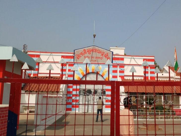 रमनगरा यार्ड से दो ड्राइवरों के साथ लूट लिया था हाईवा, 30 साल की उम्र है, 10 वर्षों से अपराध में सक्रिय|जबलपुर,Jabalpur - Dainik Bhaskar