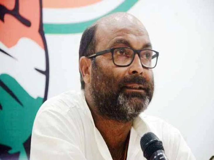 कांग्रेस प्रदेश अध्यक्ष अजय कुमार लल्लू ने कहा - राज्य में भ्रष्टाचार चरम पर है। मंत्री, अधिकारी व ठेका माफिया कर रहे संगठित अपराध और जनता के धन पर डाल रहे डाका। - Dainik Bhaskar