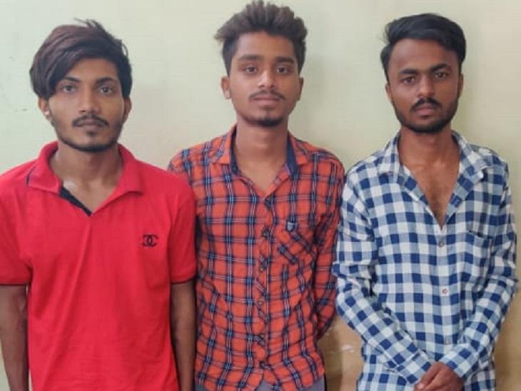 एक दिन पहले ही कह दिया था- तेरा मर्डर तो मैं ही करूंगा, शराब दुकान के बाहर दोस्तों के साथ घेरा और चाकू मारकर ले ली जान|रायपुर,Raipur - Dainik Bhaskar