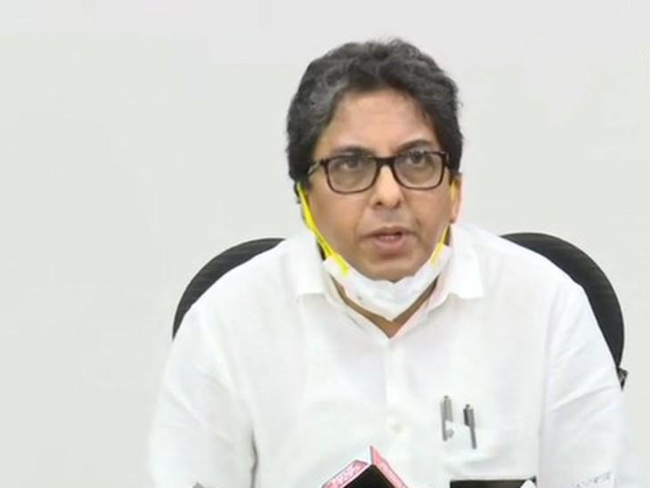 बंगाल के चीफ सेक्रेटरी अलापन बंद्योपाध्याय को 31 मई सुबह 10 बजे तक DoPT, दिल्ली रिपोर्ट करने के लिए कहा गया है।