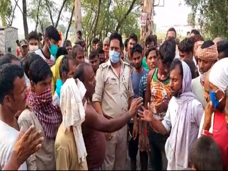 बस पर शव लादने को लेकर हुआ था विवाद, बीच-बचाव करने गए चौकीदार को जमकर पीटा; गंभीर हालत में पटना ले जाने के दौरान मौत|जमुई,Jamui - Dainik Bhaskar