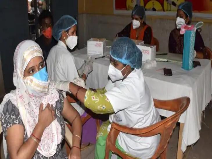 ग्रीनपार्क के मेगा हेल्थ कैंप में अब रोजाना 2 हजार लोगों को लगेगी वैक्सीन, एक जून से बढ़ेंगे तीन नए बूथ|कानपुर,Kanpur - Dainik Bhaskar
