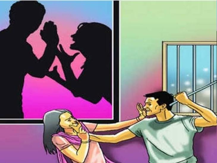 कार में पति के साथ बैठी थी लड़की, पत्नी ने देख लिया, विरोध करने पर पति ने सड़क पर पत्नी को पीटा, गाड़ी से किया कुचलने का प्रयास|ग्वालियर,Gwalior - Dainik Bhaskar