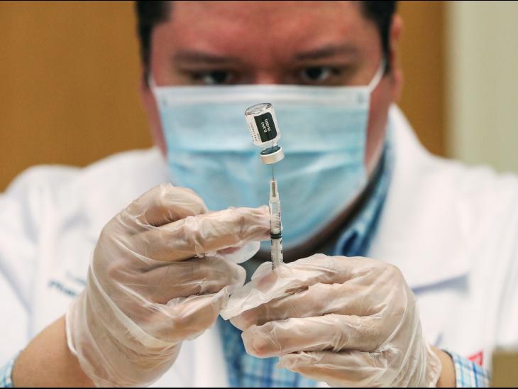 फाइजर की वैक्सीन कम असरदार, फिर भी भारत में मिले वैरिएंट से बचाने में कारगर|विदेश,International - Dainik Bhaskar